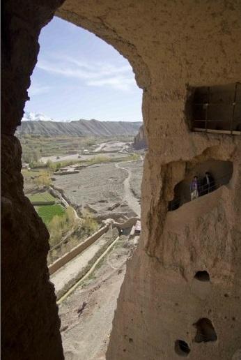 La valle di bamiyan senza i buddha rimanga memoria di for Quanto costruire una casa da 3000 piedi quadrati