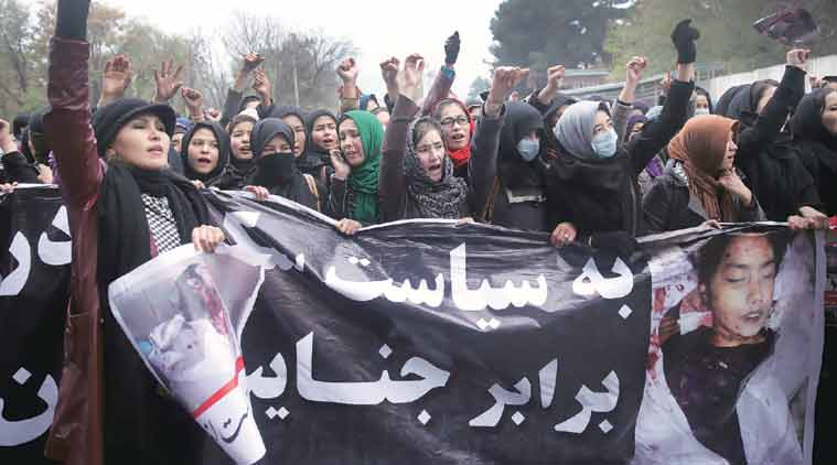 Thousands of women marched to protest the killing of seven Hazaras. (Source: AP)