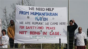 20 men are still protesting on the rooftop of the Darwin detention centre (Clare Rawlinson - ABC)