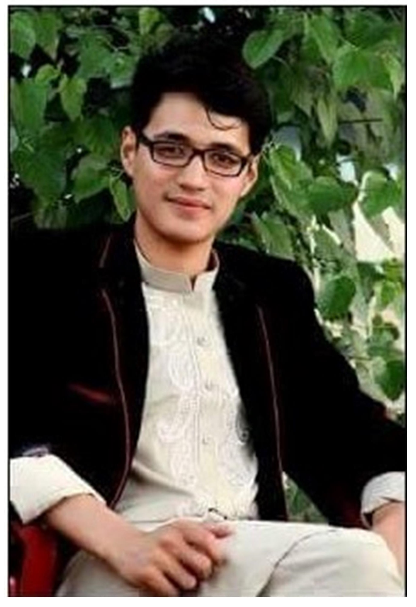 Shoaib Mehryar is a former student of the Star Educational Society in Quetta, Pakistan. He studies economics at Bakhtar University in Kabul.